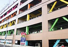 ティーワン駐車場